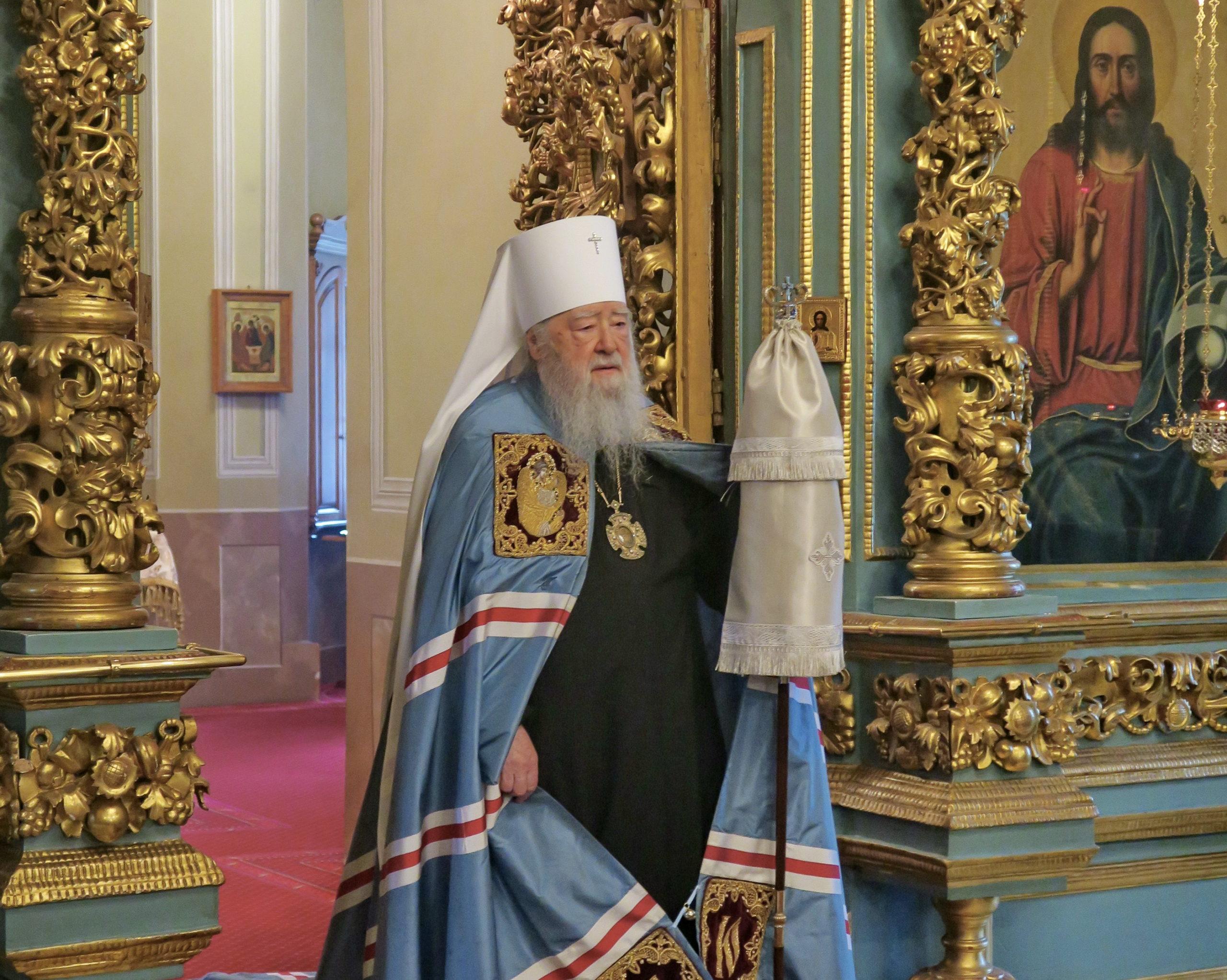 В храмах Московской епархии начался первый этап снятия ограничительных мер